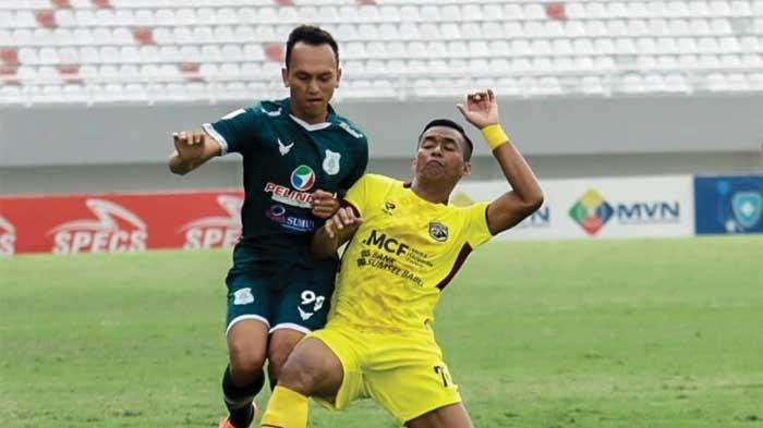 Hasil PSMS Medan vs Babel United, Tendangan Keras Nanang Asripin Diblok Bima Sakti