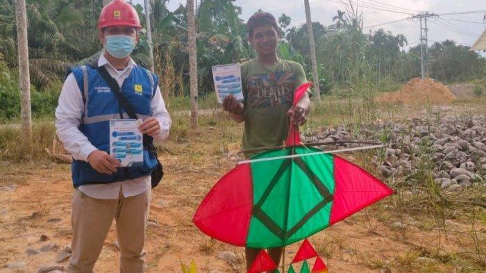 Anak-anak di Kuala Tungkal Dilarang Bermain Layang-layang Dekat Kabel Listrik, Rizki: Membahayakan