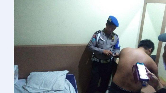 Polisi Kaget saat Baca Chatting WhatsApp 2 Pria di Kamar Hotel di Jambi, Jel Posisi sudah Terpakai