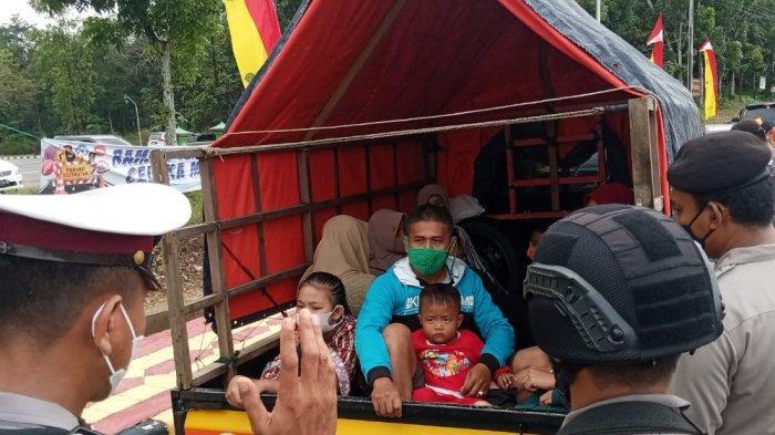 Pickup Berisi Penumpang Dipaksa Putar Balik di Pos Pengamanan Tebo Tengah