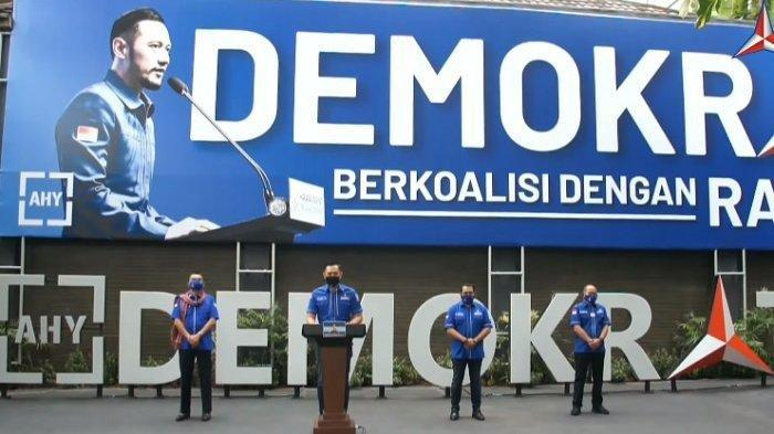 Pidato Ketua Umum Partai Demokrat, Agus Harimurti Yudhoyono (AHY) yang diungkapkan dalam konferensi pers di Taman Politik, Wisma Proklamasi DPP Demokrat, Senin (1/2/2021) membuat geger publik. Pasalnya, AHY mengungkapkan bahwa adanya gerakan politik yang ingin mengambil alih kepemimpinan Partai Demokrat.