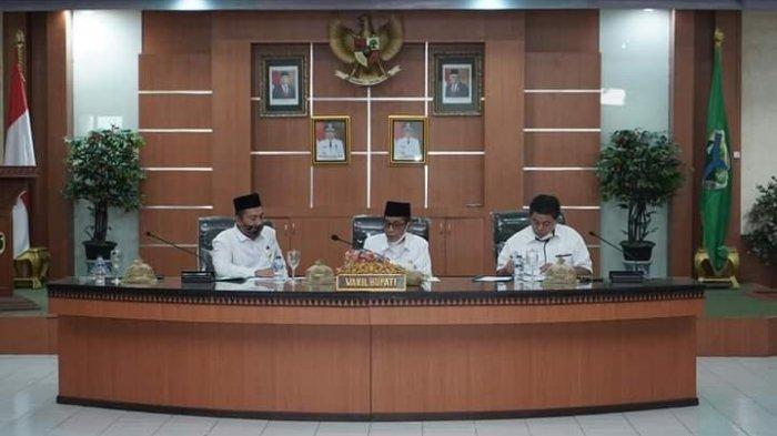 Wakil Bupati Batanghari Minta Camat dan Kepala Desa Bantu Masyarakat Dalam Pengurusan PTSL
