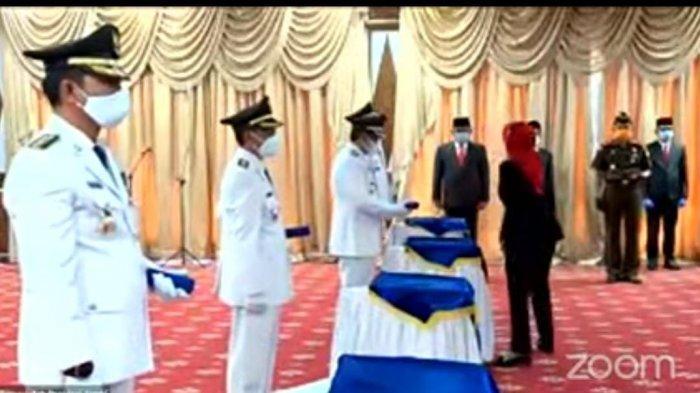 Pj Gubernur Jambi Hari Nur Cahya Murni resmi melantik Bupati dan Wakil Bupati Batanghari dan Tanjung Jabung Barat masa jabatan 2021-2024,