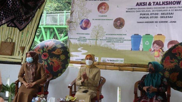 Hari Peduli Sampah, Pj Gubernur Jambi Ajak Masyarakat Manfaatkan Sampah Sebagai Pendorong Ekonomi