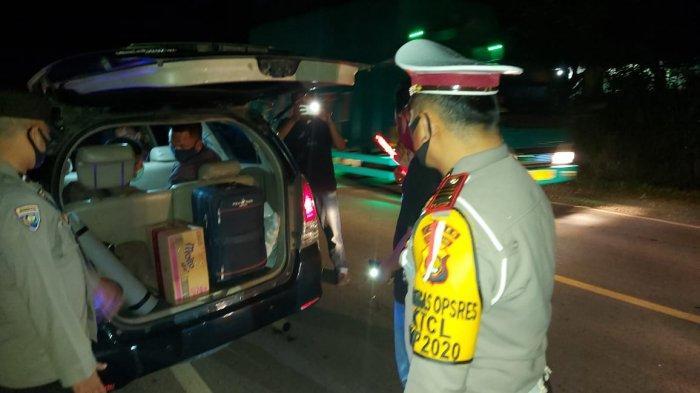 Polres Muarojambi menggelar razia pada Sabtu (23/1/21) malam sekira pukul 21.00 WIB di jalan lintas Jambi Palembang Kecamatan Mestong, Kabupaten Muarojambi.