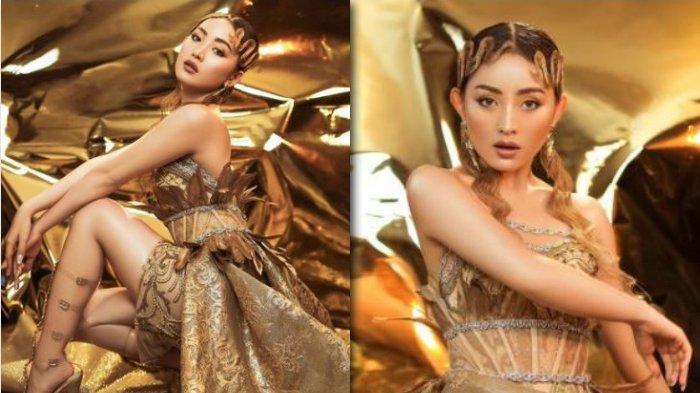 Pose Natasha Wilona Pakai Rok Pendek dengan Busana Serba Emas Disorot