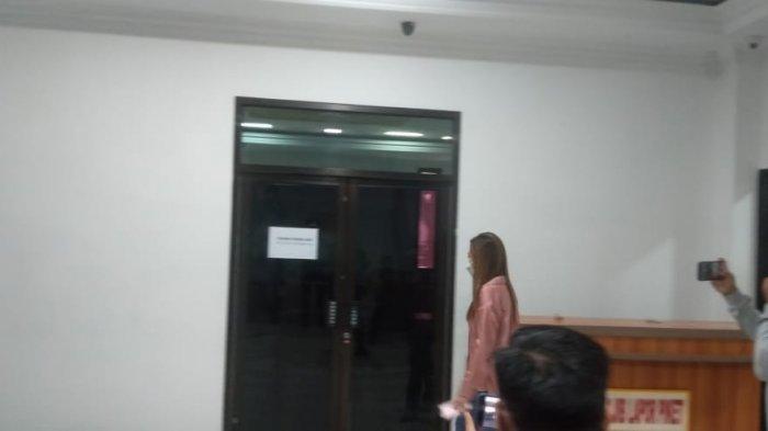 Apif Firmansyah dan Istrinya Diperiksa KPK dalam Satu Ruangan Terkait Suap RAPBD 2017