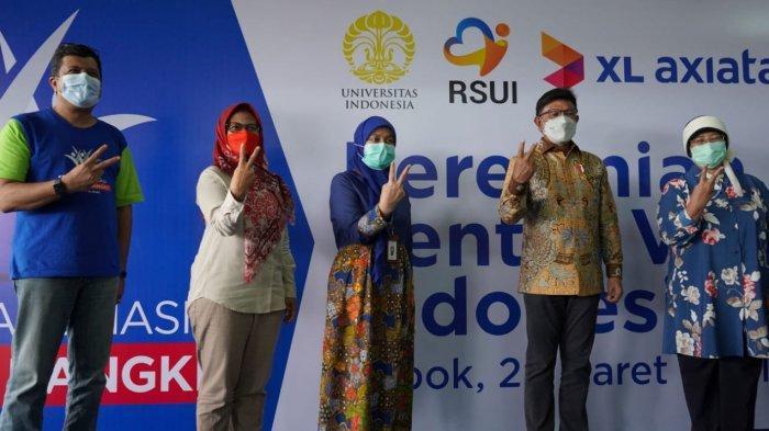 Menkominfo Tinjau Sentra Vaksin Indonesia Bangkit, Sudah Suntik Vaksin ke 5.700 Warga