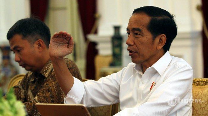 Terungkap! Siapa Sangka Jika Inilah Merek HP Presiden Jokowi dan Harganya