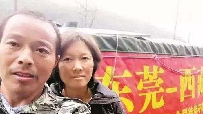 Suami Bawa Istrinya yang Sakit Lintas Negara dengan Gerobak Modifikasi, Orang-orang Tercengang