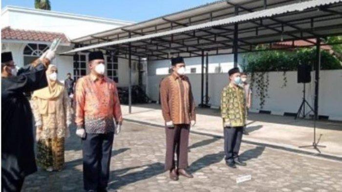 Rektor Universitas Jambi Prof Sutrisno Lantik Ketua SPI dan Wakil Dekan FEB