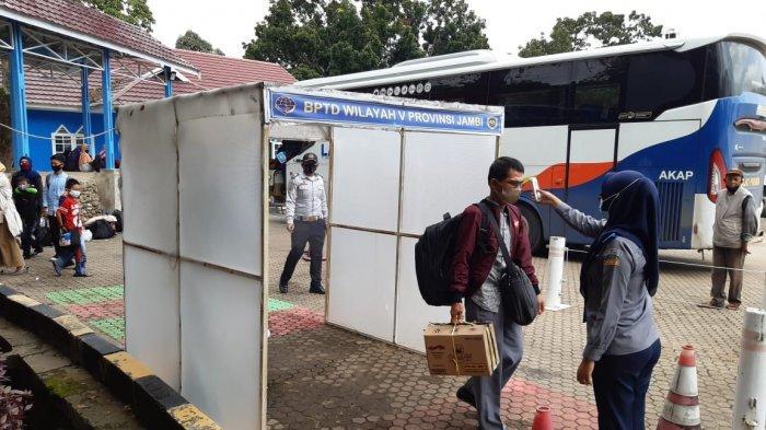 Puncak Arus Penumpang Mulai Tanggal 29, Satpel Terminal Alam Barajo Kota Jambi Terapkan Prokes