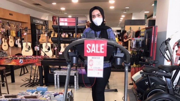 Treadmill Turun Harga Jadi Rp8 Jutaan,Promo Spesial Alat Fitnes dan Musik di Gramedia Jambi