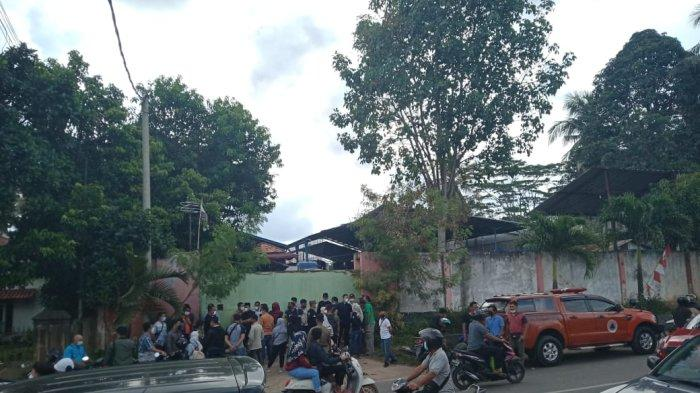 DPRD dan DPMPTSP Kota Jambi Ditahan Saat Akan Masuk ke Kantor PT Ocean Petro Energi
