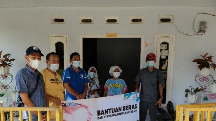 PTPN VI sebagai salah satu perusahaan dibawah kementerian BUMN, menyalurkan bantuan beras kepada masyarakat yang ada dilingkungan kerja PTPN VI di provinsi jambi dan Sumatera barat.