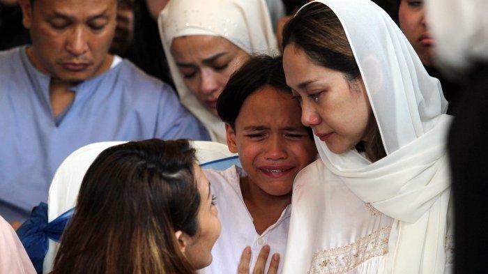 Potret Terbaru BCL Setelah Ditinggal Sang Suami Ashraf Sinclair, Sudah Mulai Bisa Tersenyum Tipis