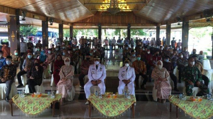 Di Pendopo Fadhil Arief-Bakhtiar Beri Pesan ke OPD, Singgung Berhenti Jadi PNS dan Pensiun Dini