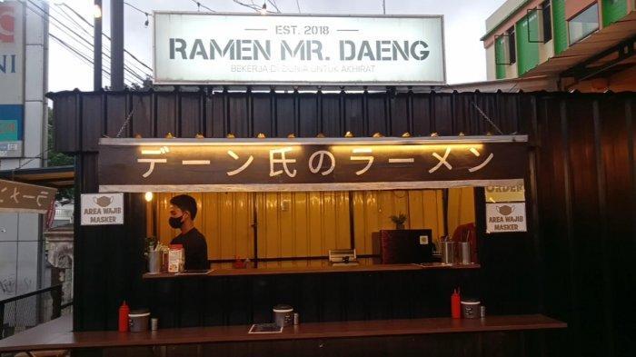 Mi Ramen MR Daeng di Kota Jambi Hadirkan Suasana Makan ala Jepang