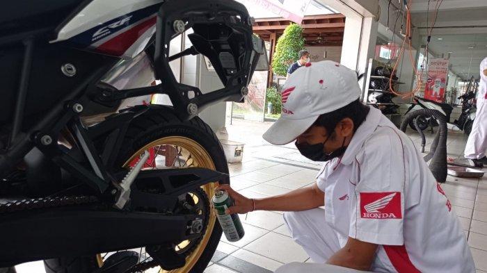 Penting Buat Bikers, Begini Cara Rawat Rantai Roda Sepeda Motor