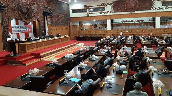 Rapat Molor Berjam-jam, Sidang Paripurna Malam-malam, DPRD Jambi Ajukan 4 Ranperda Inisiatif 2021