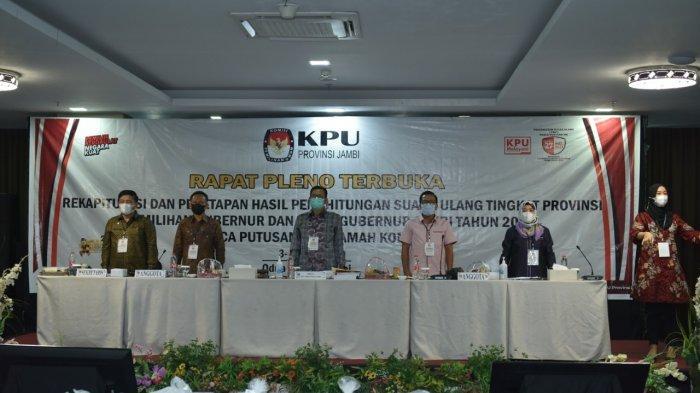 Rapat pleno terbuka rekapitulasi dan penetapan perhitungan hasil suara ulang tingkat Provinsi
