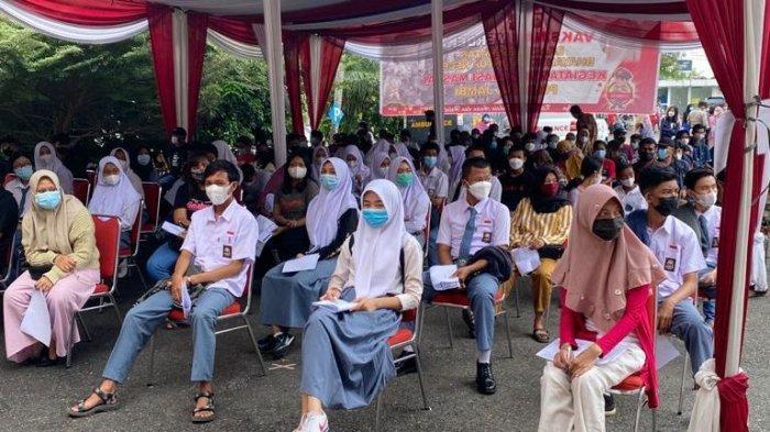 Pelajar di Kota Jambi Antusias Ikuti Vaksinasi Massal Polda Jambi