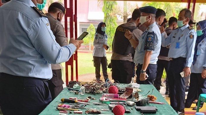 Petugas Temukan Radio Merek Sonatec Milik Napi di Lapas Tebo