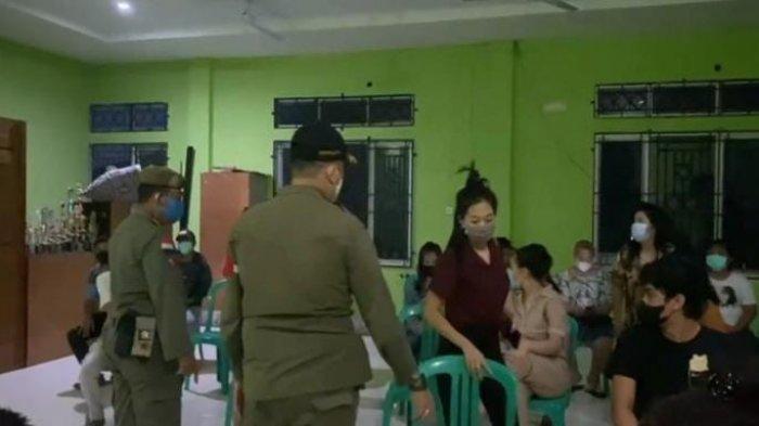 Kondisi Pakaian Berantakan Saat Pasangan Ini Digerebek Satpol PP Kota Jambi di Kawasan Tugu Juang