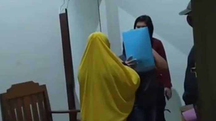 Satu Pria Ditemani Dua Perempuan Dipergoki Sekamar di Kos-kosan di Kota Jambi