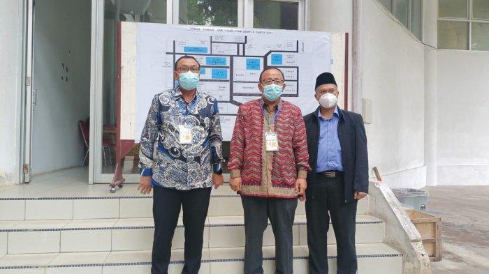 Rektor Prof Sutrisno Tinjau Pelaksanaan UTBK di Universitas Jambi