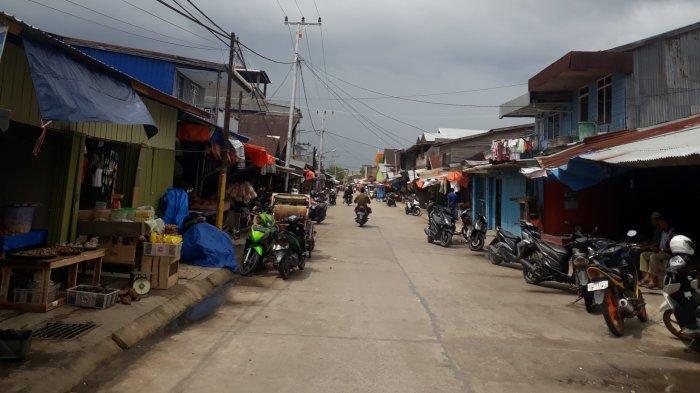 Relokasi Pedagang, Pemkab Beri Waktu 2 Hari Pedagang Parit I Lama di Jalan Nasional untuk Pindah