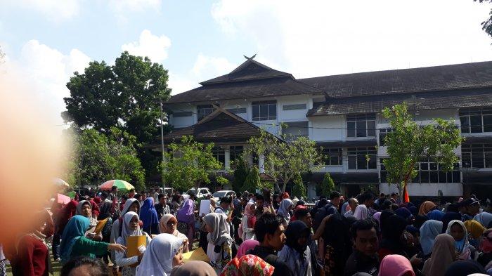 Perguruan Tinggi Negeri Terbaik 2019 Didominasi PTN di Pulau Jawa, ITB Peringkat Pertama Disusul UGM