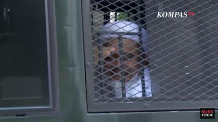 Kuasa Hukum Rizieq Shihab Dihadang Polisi Tak Bisa Masuk Pengadilan Negeri Jakarta Timur