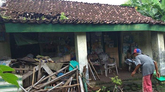 Viral Foto Rumah Mbah Sadikun Nyaris Roboh, Ini Katanya Soal Tak Mau Merepotkan Keluarga