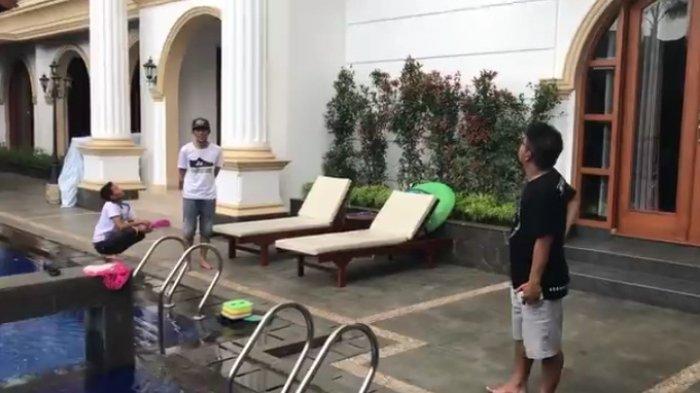 Perampokan Rumah Mewah Pak Haji Depan SPBU Beringin, Orang Sekitar Tak Sadar Rampok Beraksi