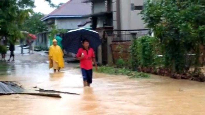 Hujan Deras Puluhan Rumah di Sungai Kerjan Bungo Terendam Banjir, Warga Minta Perhatian Bupati