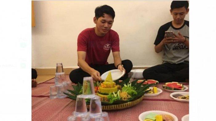 Kisah Sukses Pemuda Jambi: Kumpulkan Rupiah dari Berjualan Thai Tea