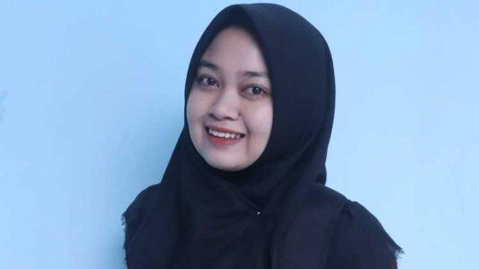 Hobi Rikah Tunjang Akademiknya, Raih Beasiswa dari Kemendikbud Berkat Kepiawaian Bernyanyi