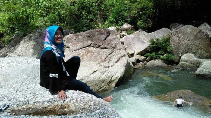 Ada Air Terjun Batu Langit Setinggi 100 Meter di Desa Batu Empang Sarolangun