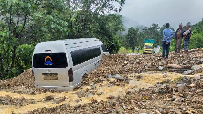 Tak Ada Korban Jiwa dari Longsor di Kerinci, Kendaraan Sudah Bisa Melintas