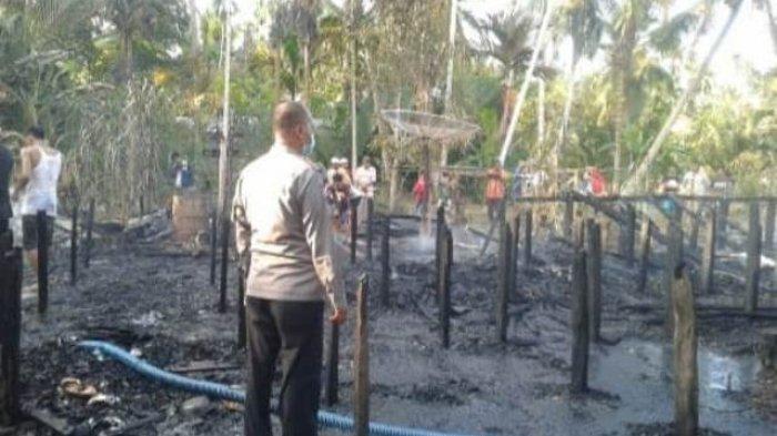 BREAKING NEWS Satu Unit Rumah di Desa Teluk Sialang Tungkal Ilir Hangus Terbakar