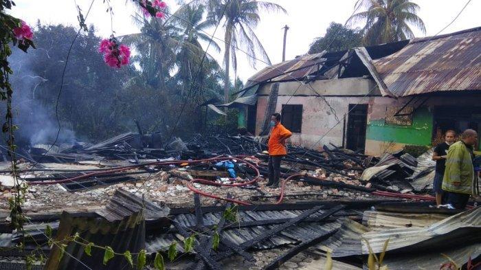 9 ruangan di SDN 175, Telanaipura Kota Jambi hangus dilalap api