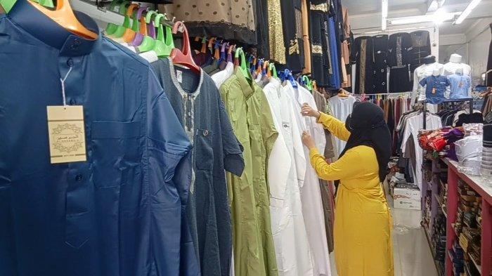 Berawal dari Kali Lima Tahun 1996 Silam, Toko Pakaian Muslim Mubarok Kini Miliki Outlet Sendiri