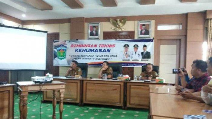 Humas Setda Kota Sungai Penuh Undang Kepala Ombudsman sebagai Narasumber Bimtek Kehumasan