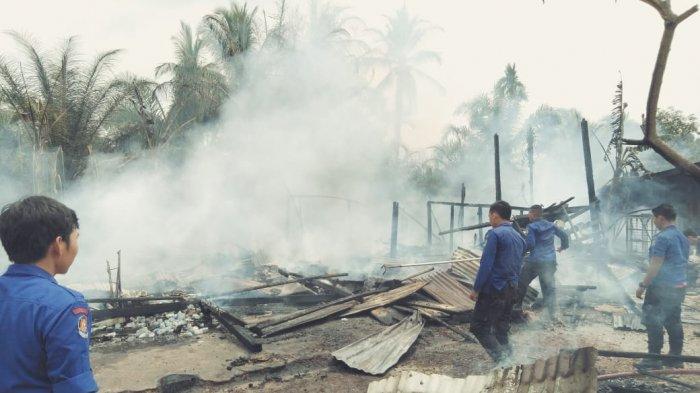 Api Mengamuk di Tiga Kios di Merangin, Ini Penampakan di Lokasi