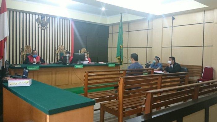 Redo Setiawan Terdakwa Kasus Korupsi Auditorium UIN Jambi Jalani Sidang Tuntutan Besok
