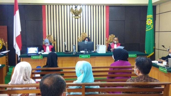 Effendi Hatta Beberkan Pembagian Uang Anggota Dewan - Sidang Kasus Ketok Palu DPRD Provinsi Jambi