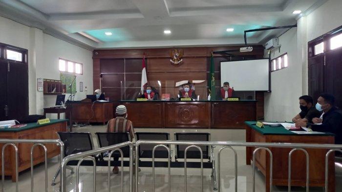 Jaksa Hadirkan Seorang Petani Sawit Sebagai Saksi Untuk Terdakwa Syamsu Rizal