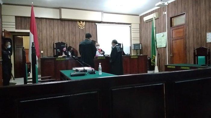 Anggota DPRD Tanjabbar Budi Azwar Didakwa Melakukan Pencurian TBS di Lahan Perusahaan
