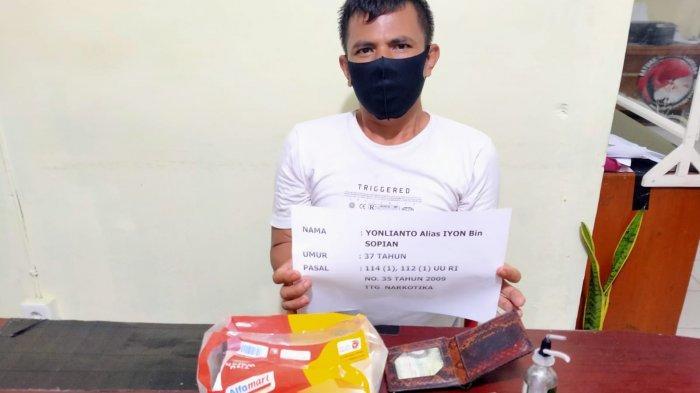Simpan Sabu Dalam Tisu, Iyon Diamankan Satresnarkoba di Rumahnya di Bangko